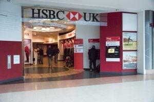 DSC 4802 300x200 - Hsbc-bank